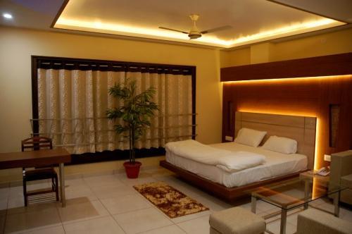 Executive Room 2